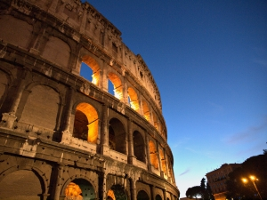 Colloseum_night