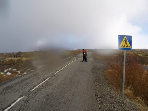 An amusing scuba crossing sign.